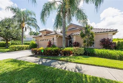 8416 Indian Wells Way Naples FL 34113