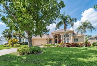 7675 Groves Rd Naples FL 34109