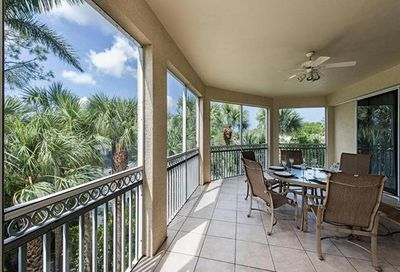 720 Waterford Dr 303 Naples FL 34113