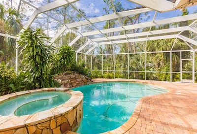 5154 Hickory Wood Dr Naples FL 34119