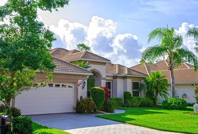8466 Gleneagle Way Naples FL 34120