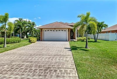 86 7th St Bonita Springs FL 34134