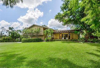 6100 Dogwood Way Naples FL 34116