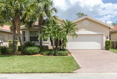 10048 Mimosa Silk Dr Fort Myers FL 33913