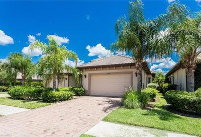 7516 Moorgate Point Way Naples FL 34113