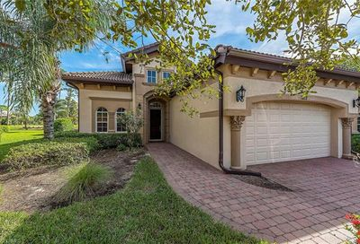 7812 Valencia Ct Naples FL 34113