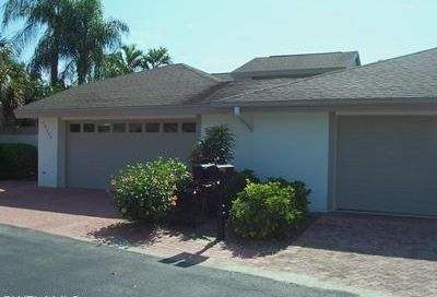 13242 Wedgefield Dr Naples FL 34110