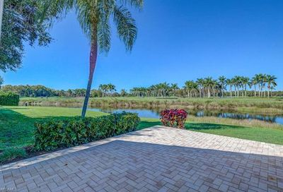 1527 Weybridge Cir Naples FL 34110