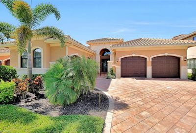 2923 Cinnamon Bay Cir Naples FL 34119