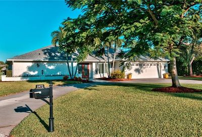 1972 Countess Ct Naples FL 34110