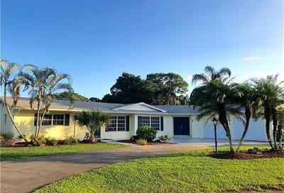 38 8th St Bonita Springs FL 34134