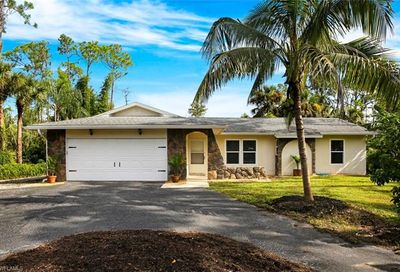 5045 Teak Wood Dr Naples FL 34119