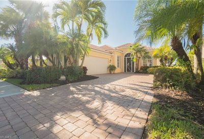3786 Whidbey Way Naples FL 34119