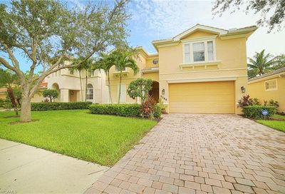 5786 Lago Villaggio Way Naples FL 34104
