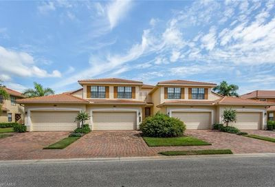 10598 Smokehouse Bay Dr Naples FL 34120