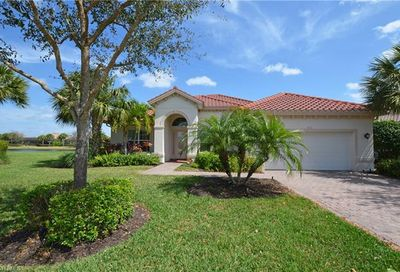 11993 Heather Woods Ct N Naples FL 34120