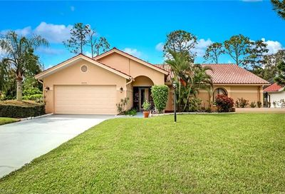 5548 Foxhunt Way Naples FL 34104