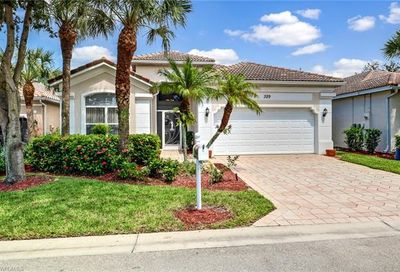 329 Harvard Ln Naples FL 34104