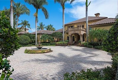 9759 Bentgrass Bend Naples FL 34108