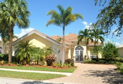 3797 Whidbey Way Naples FL 34119