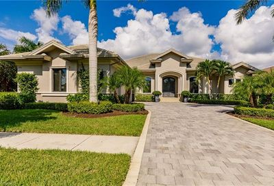 11943 Hedgestone Ct Naples FL 34120