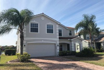 2656 Fishtail Palm Ct Naples FL 34120