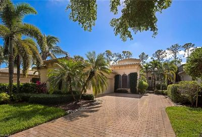 18081 Lagos Way Naples FL 34110
