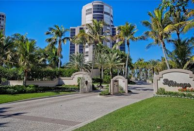 4351 Gulf Shore Blvd N Naples FL 34103