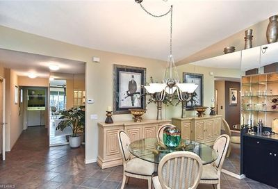 5866 Three Iron Dr Naples FL 34110