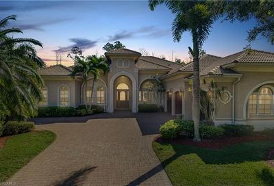 5832 Bromelia Ct Naples FL 34119