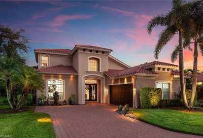 1405 Via Portofino Naples FL 34108
