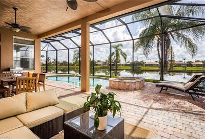 3222 Brookeview Ct Naples FL 34120