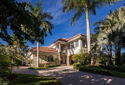 1188 Galleon Dr Naples FL 34102