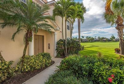 4675 Winged Foot Ct Naples FL 34112