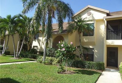 190 Fox Glen Dr Naples FL 34104