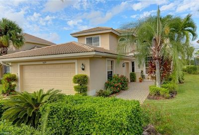 6079 Fairway Ct Naples FL 34110