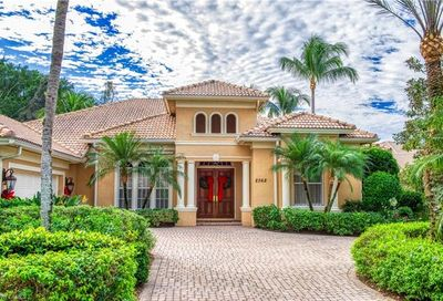 2362 Cheshire Ln Naples FL 34109