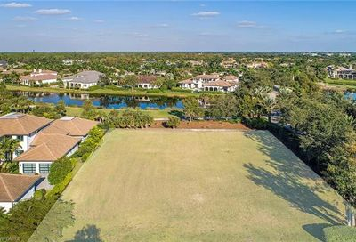 1230 Gordon River Trl Naples FL 34105