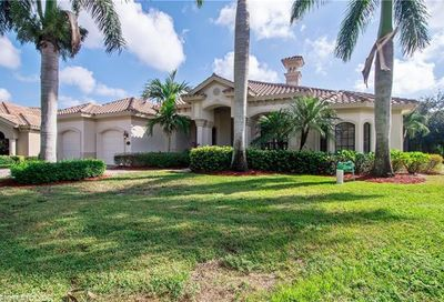 934 Tivoli Ct Naples FL 34104