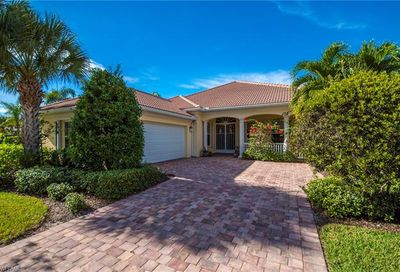 15266 Sea Star Ln Bonita Springs FL 34135