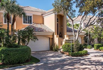 610 Via Mezner Naples FL 34108