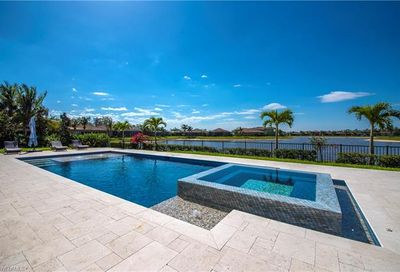 3994 Bering Ct Naples FL 34119-8644
