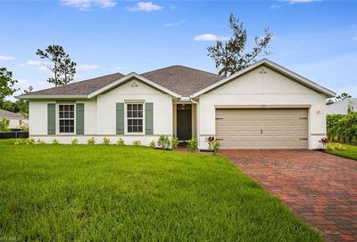 6557 Canton St Fort Myers FL 33966
