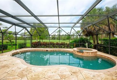 254 Edgemere Way E Naples FL 34105