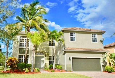 8487 Laurel Lakes Cv Naples FL 34119