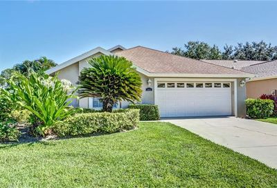 5031 Coldstream Ln Naples FL 34104