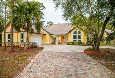 5881 Painted Leaf Ln Naples FL 34116