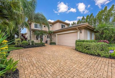6108 Fairway Ct Naples FL 34110