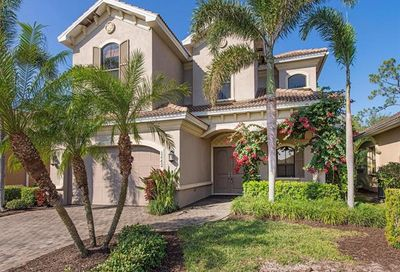 1442 Serrano Cir Naples FL 34105