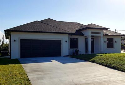 3040 47th Ter SW Naples FL 34116